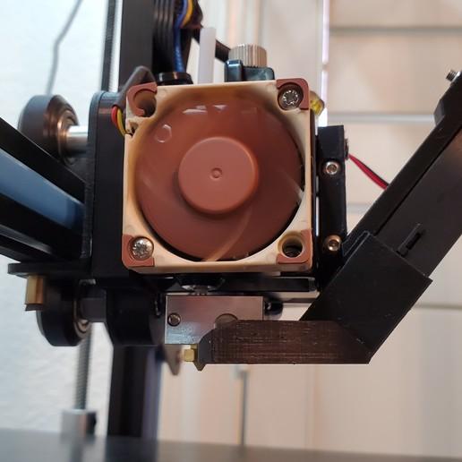 Télécharger fichier STL gratuit Correction du support de ventilateur 5015 pour le bloc de chauffage standard non volcanique et la buse. • Design pour imprimante 3D, ibgeek