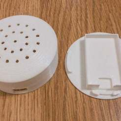 APC_0246.jpg Download free SCAD file DHT-22 / DHT22 Wall box with ESP8266 - updated • 3D printable model, fundix