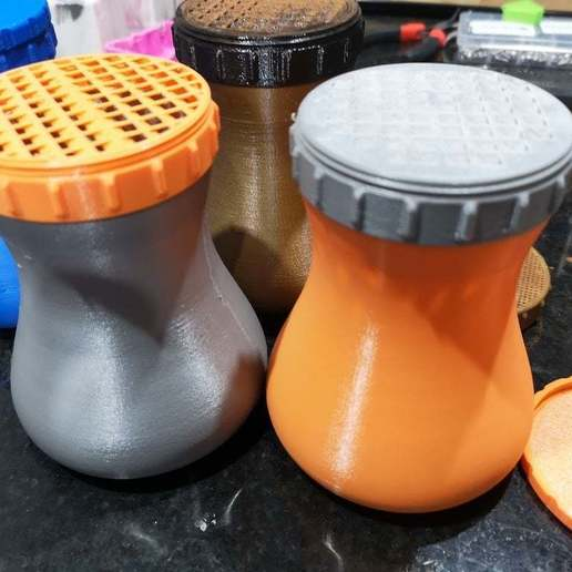 Download free 3D printing files Rub/Spice Shaker, Oggie