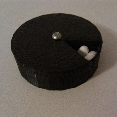 Télécharger plan imprimante 3D gatuit Conteneur de pilules à plusieurs jours, Reshea