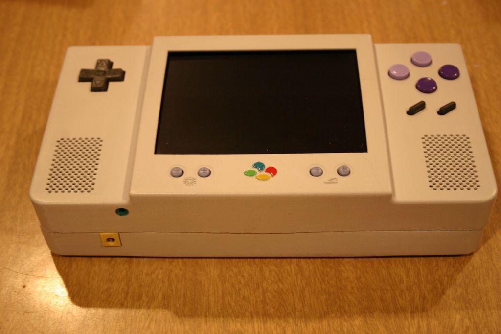 IMG_0953_display_large.jpg Télécharger fichier STL gratuit Étui portable Super Nintendo • Design pour imprimante 3D, Clenarone
