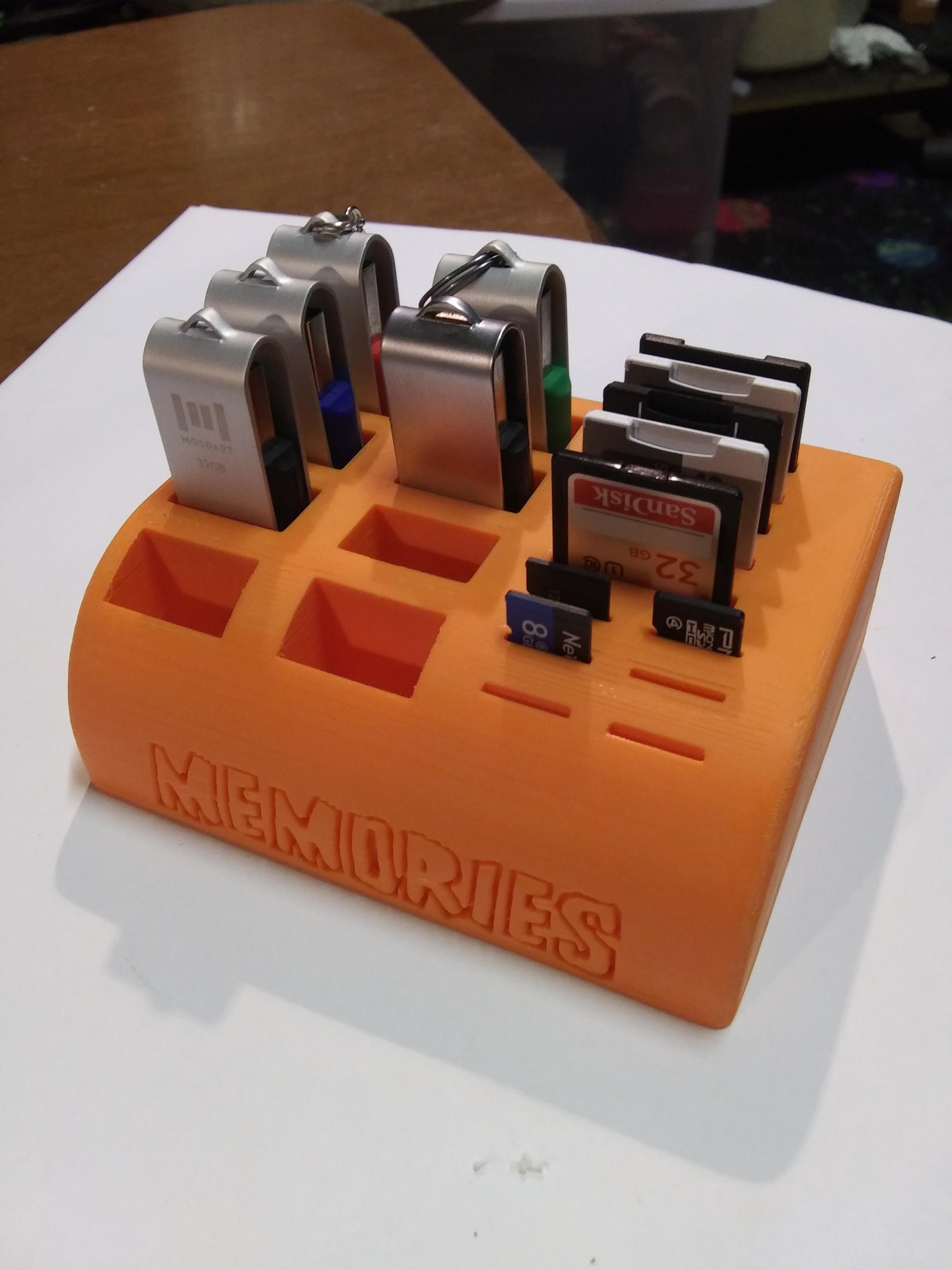 20190529_153723.jpg Télécharger fichier STL gratuit SD, MicroSd et clé USB Caddie / Support • Plan pour impression 3D, SierraTech