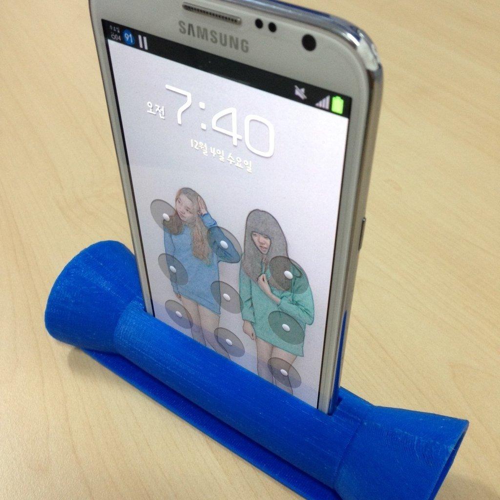 tube_speaker_display_large.jpg Télécharger fichier STL gratuit Galaxy Note 2 Enceinte à tube imprimé 3D • Objet pour imprimante 3D, Werthrante