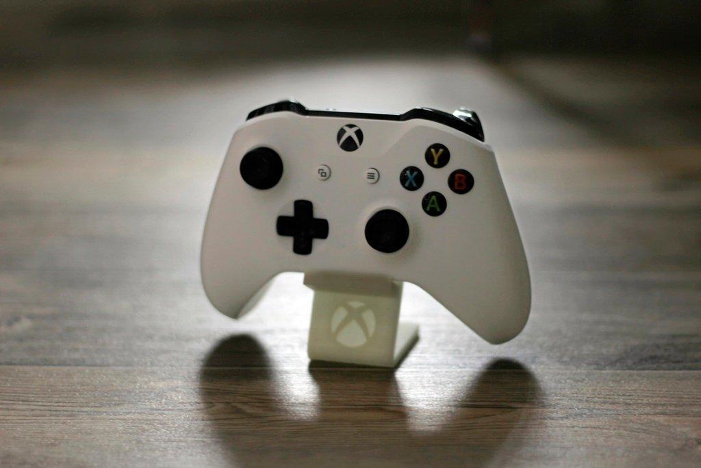 13f4f5b0e4beaa865eaf1d176ba0552a_display_large.jpg Télécharger fichier STL gratuit Support pour manette Xbox One S • Design à imprimer en 3D, Werthrante