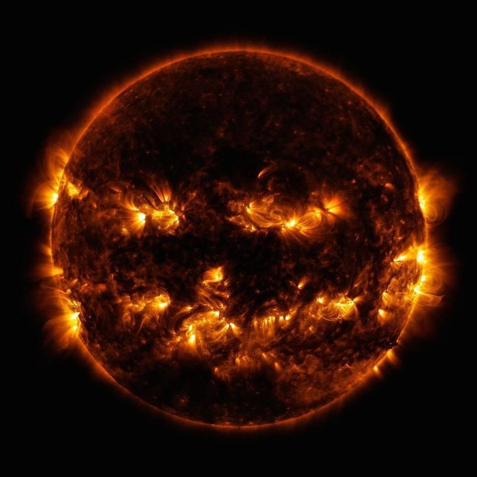 sol-calabaza-nasa-sdo.jpg Télécharger fichier STL gratuit Soleil (avec tempêtes de plasma) • Objet imprimable en 3D, szadros
