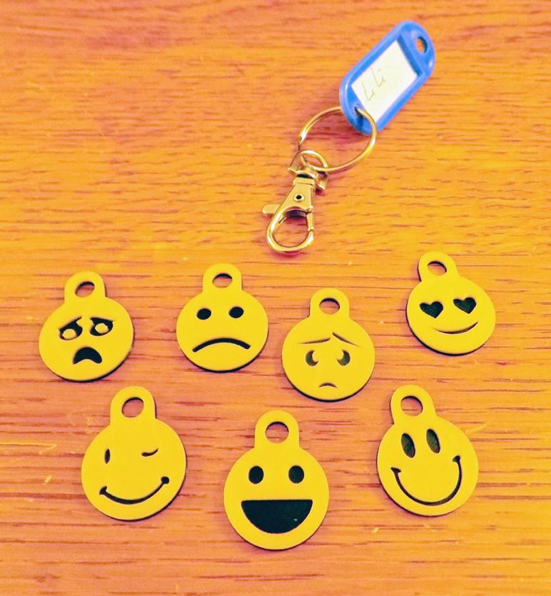Télécharger plan imprimante 3D gatuit jetons smileys pour caddies, MAKECOEUR