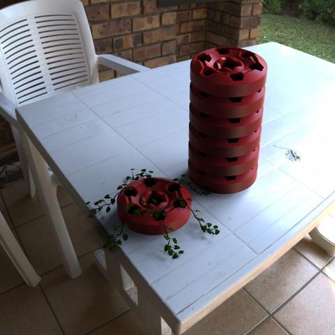 Télécharger modèle 3D Jardinière géométrique à empilement, Bespoke3D
