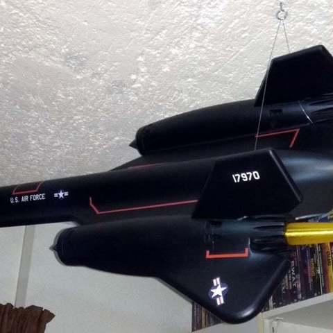 Télécharger fichier STL gratuit SR-71 Blackbird échelle 1/32 - remix/redimensionnement de la chose de YipYip, HowardB