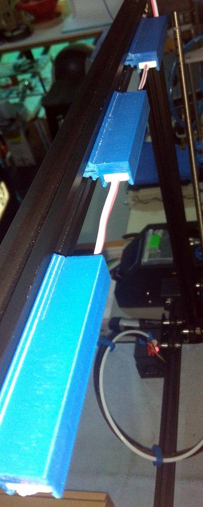 a0ce8d477c3fc79ab58f3c0a66ddfa1b_display_large.jpg Télécharger fichier OBJ gratuit CR-10S4 Support de module d'éclairage moulé par injection à 3 DEL pour l'extrusion 2020 • Objet pour imprimante 3D, HowardB