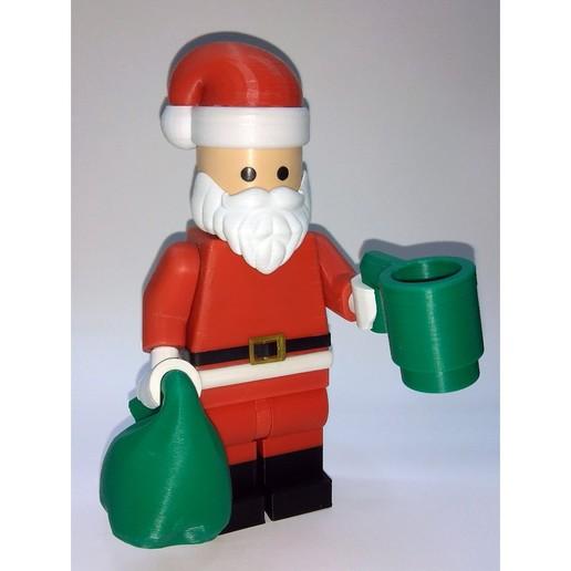 Lego_Minifig_-_Santa_Clause_14.jpg Télécharger fichier STL gratuit Noël géant - Père Noël • Modèle à imprimer en 3D, HowardB