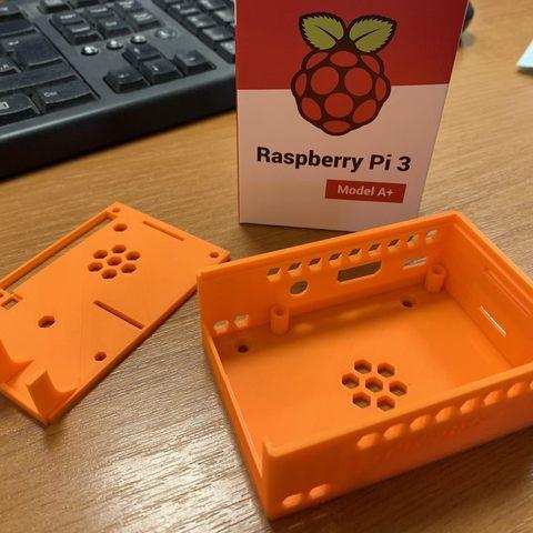 f3ccdd27d2000e3f9255a7e3e2c48800_display_large.jpg Download free STL file Raspberry Pi Case • 3D printable model, marigu