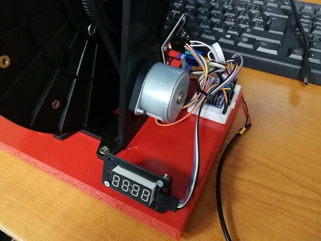 d266c07b9eff2130cc9bbc89d0af0495_display_large.jpg Télécharger fichier STL gratuit Horloge à bobine à filament • Design pour imprimante 3D, marigu