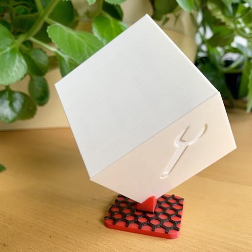 Download free 3D printing templates Nice advert cube, marigu