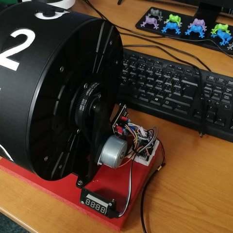 ed627ea9be000485e863021be9878417_display_large.jpg Télécharger fichier STL gratuit Horloge à bobine à filament • Design pour imprimante 3D, marigu