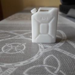 20190929_182514.jpg Télécharger fichier STL jerrycan 20L echelle 1 • Objet à imprimer en 3D, santos_miguel