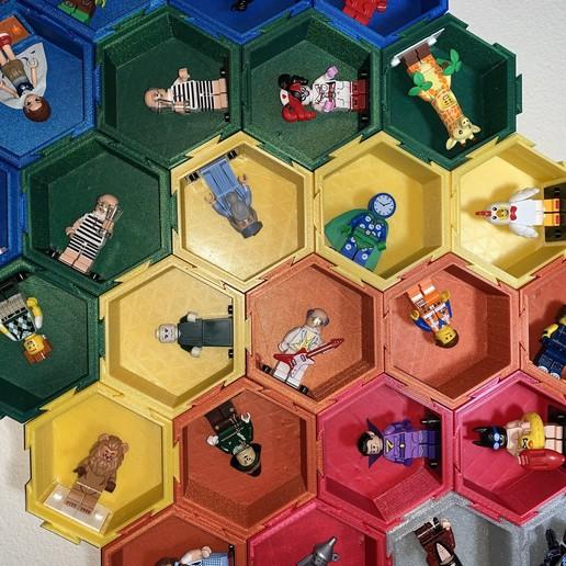 Download free 3D printer designs Modular Hexagonal Dovetail display box compatible with LEGO®  minifigures, gafnorin