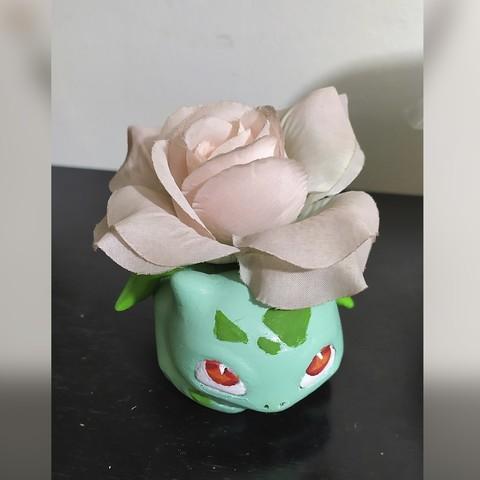 3D print model Bolbasaur flower or brush holder, awmadnessDiego