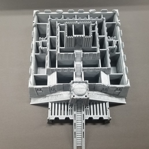 20200130_181719.jpg Download free STL file Ziggurat Pyramid Tool and SD Card Holder • Object to 3D print, LittleTup