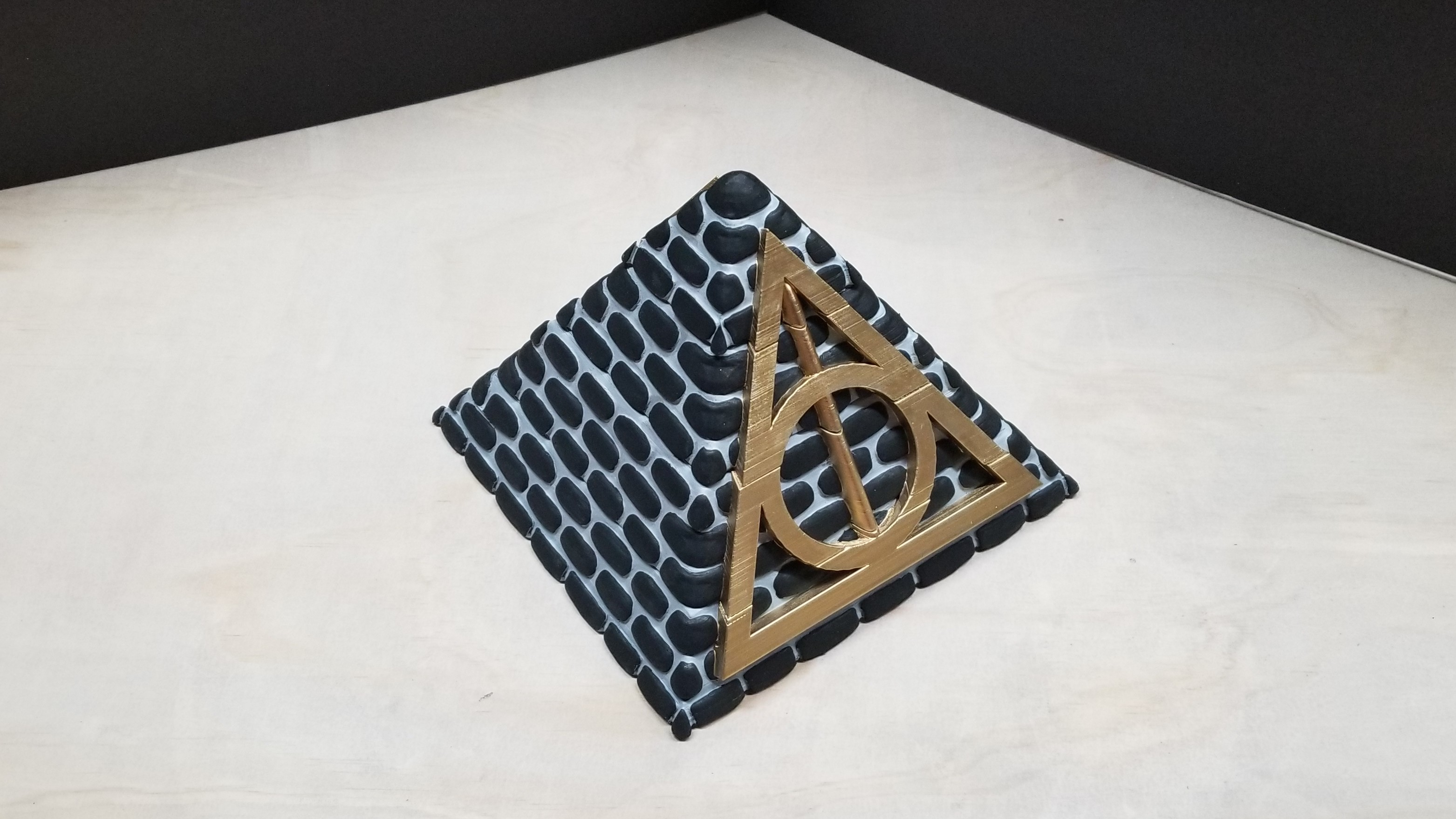 good2.jpg Download free STL file POTTER PYRAMID BOX with a Chamber of secrets • Template to 3D print, LittleTup