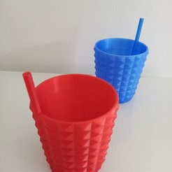 IMG_20200515_140407.jpg Download STL file Straw glass • Object to 3D print, rom1pelletier
