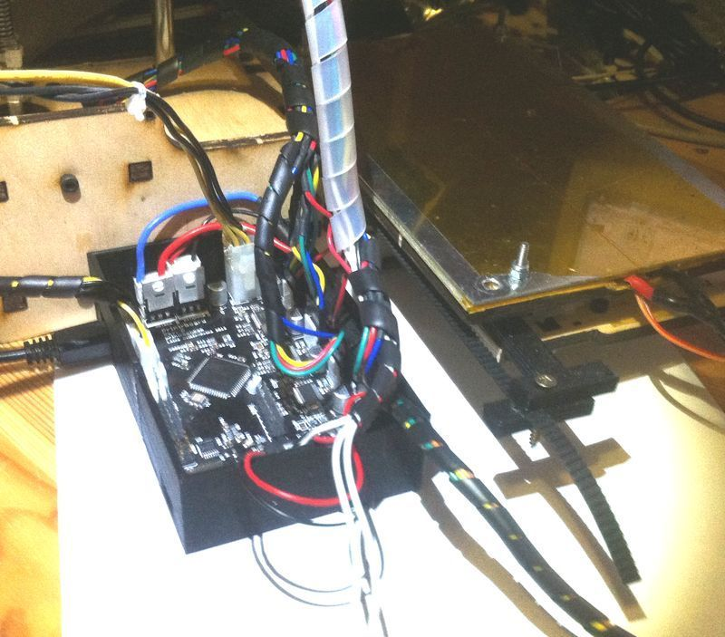 IMG_1226_display_large.jpg Download free STL file Printrbot Electronic box • Design to 3D print, Ghashrod