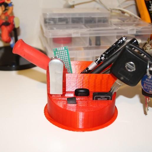 IMG_1155.JPG Télécharger fichier STL Boite de rangement crayon, clés usb , carte SD et micro SD • Plan pour imprimante 3D, defdjamel2008