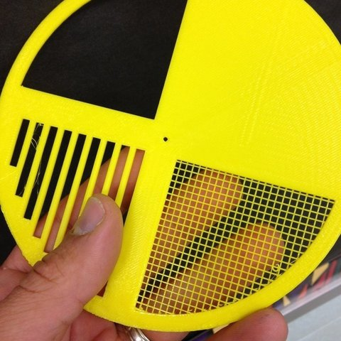 Free 3D printer model Bait Hive Entrance Disc with fine mesh screen, apismelifera3D