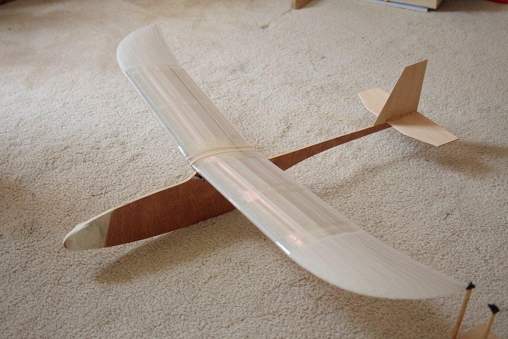 Shortened_wing_glide_test_1_display_large.jpg Télécharger fichier STL gratuit Planeur modulaire RC Sailplane entièrement imprimé en 3D. • Objet à imprimer en 3D, Georgemacghay