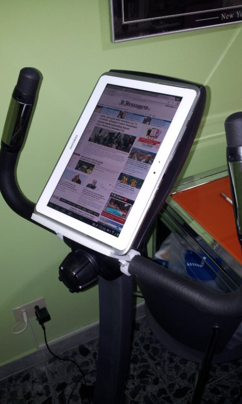 2013-08-17_17.24.44_display_large.jpg Download free STL file pedaling home and read on tablet • 3D printing object, Porelynlas