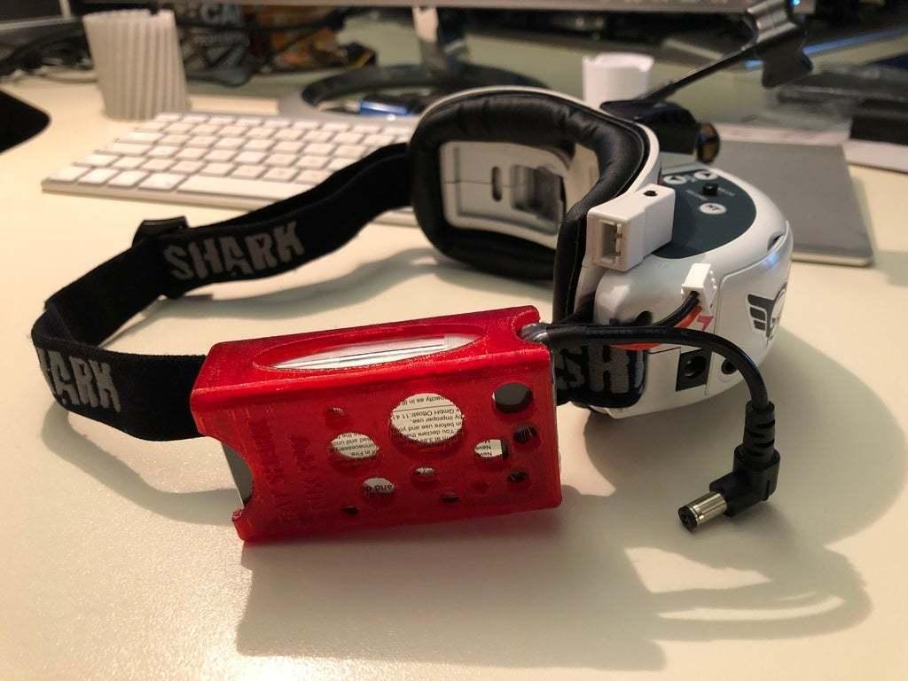 IMG_2216.JPG Télécharger fichier STL gratuit Tattu LiPo 2500mAh 2S 7.4V manchon, étui, support, lunettes Fatshark Skyzone • Design pour imprimante 3D, nik101968