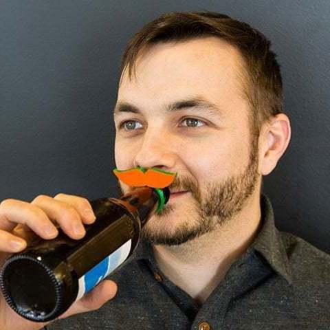 """Impresiones 3D gratis Botella Topper """"Te hago una pregunta con bigote""""., Urulysman"""