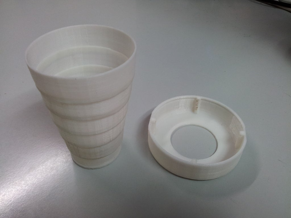 20120904_084705_display_large.jpg Download free STL file Folding Cup • 3D print object, Vilereth