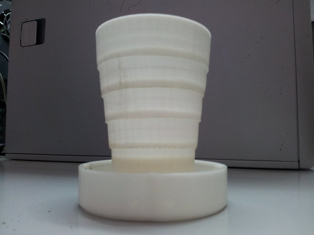 20120904_084429_display_large.jpg Download free STL file Folding Cup • 3D print object, Vilereth