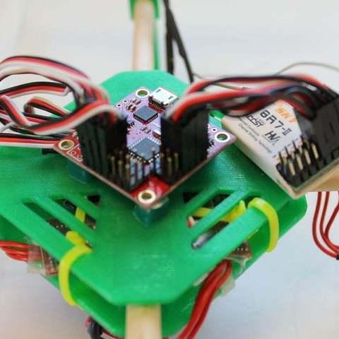 IMG_4998_display_large.jpg Télécharger fichier STL gratuit Mini Quadcoptère de bricolage avec support moteur imprimé 3D, plaques supérieure et inférieure • Objet à imprimer en 3D, Balkhgar