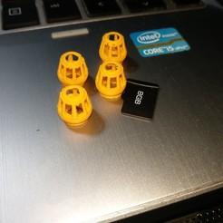 lampfalcon1.jpg Download OBJ file De Agostini Millennium Falcon landing lamp • 3D printable model, Darthliro