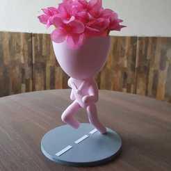 corredora.jpg Télécharger fichier STL Robert vase running • Objet imprimable en 3D, rottalp83