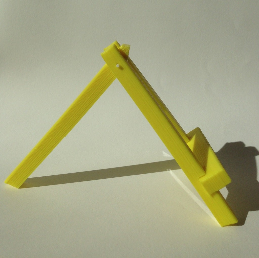 IMG_6532_display_large.JPG Download free STL file Easel stand • 3D print model, Palasestia