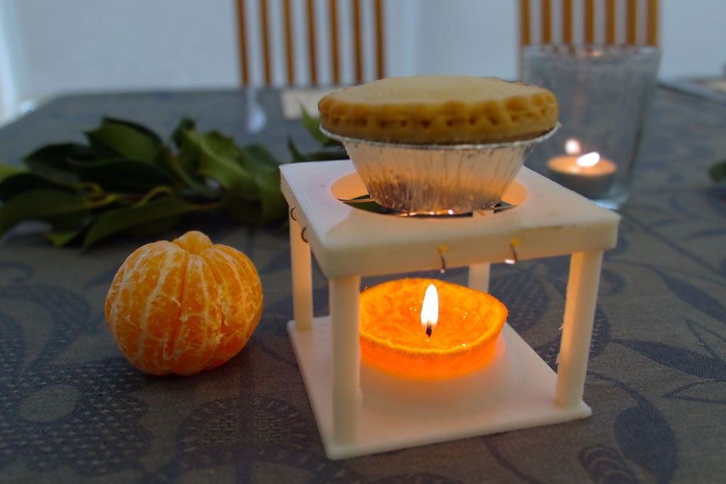 IMG_0030_display_large.jpg Download free STL file Mandarin Mince Pie warmer • 3D printable object, Palasestia