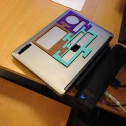 Download free 3D printer files Laptop tray version 2, Baldshall