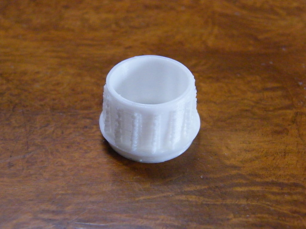 DSCF1884.JPG_display_large.jpg Télécharger fichier STL gratuit Bouchon de tube d'échelle de tableau arrière ou pieds de chaise • Modèle pour imprimante 3D, Baldshall