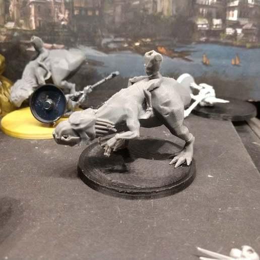 Descargar diseños 3D gratis Pollos caníbales montando bestias nudosas, detalle bajo, FelixTheCrazy