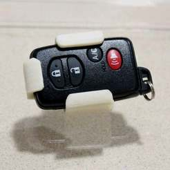 Download free STL files Belt clip for Prius Smartkey (holster), Djindra