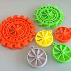 Download free 3D printer templates Spinning Spinning and More Spinning!, SimSimona