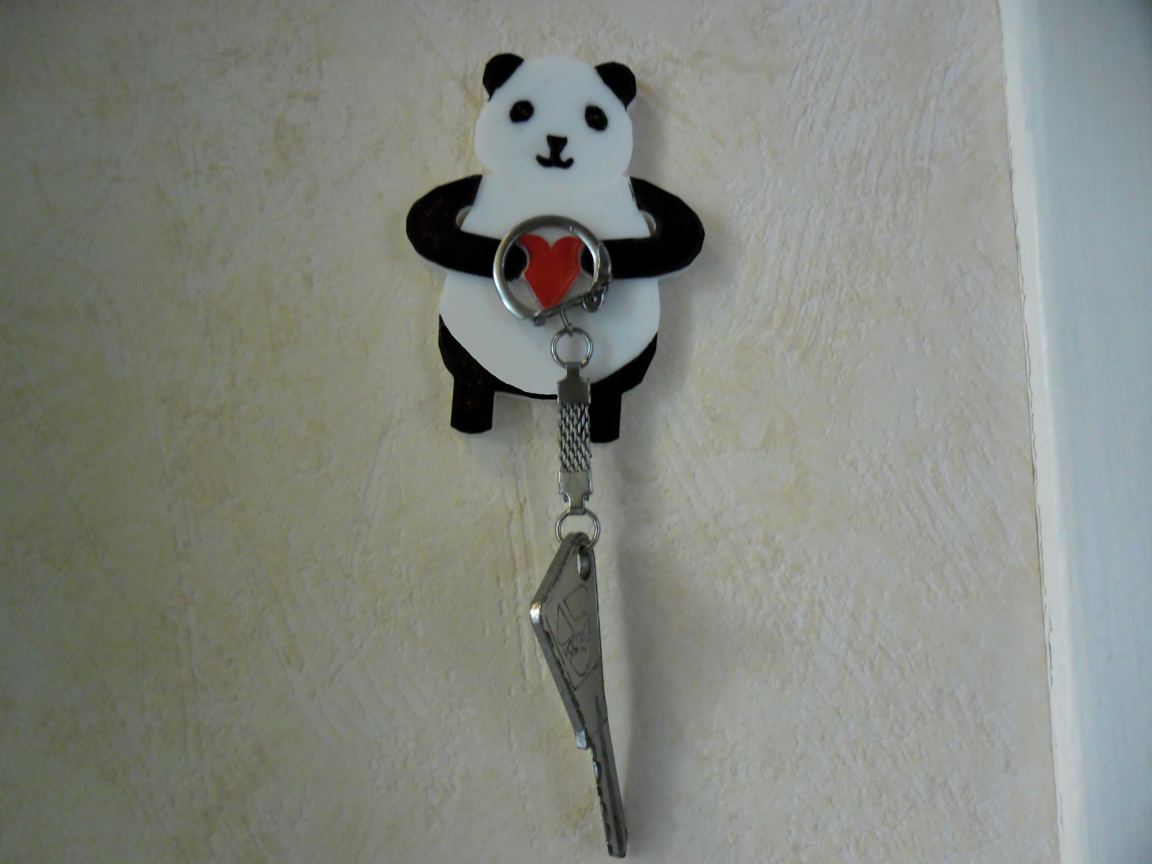 SAM_3816.JPG Download free STL file Panda Keyholder • 3D printer template, teambenjamin