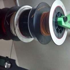Descargar diseños 3D gratis Soporte de pared de filamento, 3Dadicto