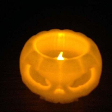 IMG_0147_display_large.jpg Download free STL file Jack o lantern pumpkin for battery tea light • 3D print model, procreator3D