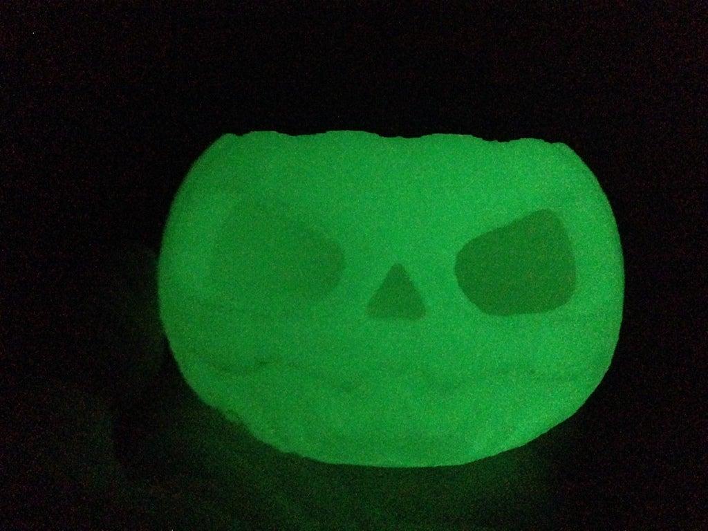 IMG_0151_display_large.jpg Download free STL file Jack o lantern pumpkin for battery tea light • 3D print model, procreator3D