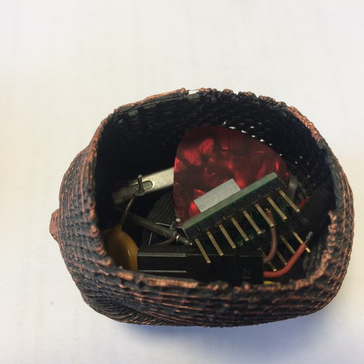 IMG_0744.JPG Download STL file Skull Card, Coin Holder • 3D print model, gharadze