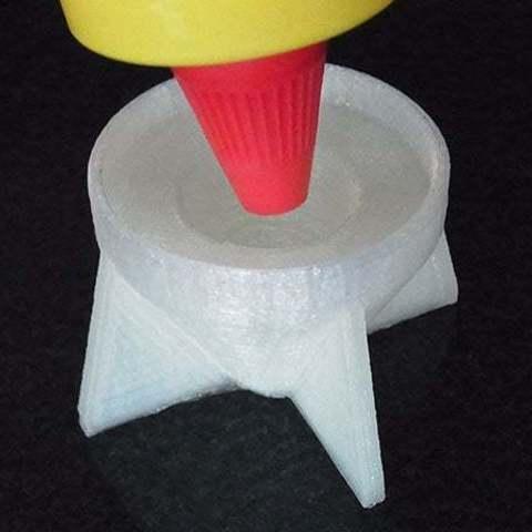 insert_display_large.jpg Télécharger fichier STL gratuit Sauce Saver - Inverse les bouteilles avec une buse pour minimiser les déchets • Plan à imprimer en 3D, Muzz64