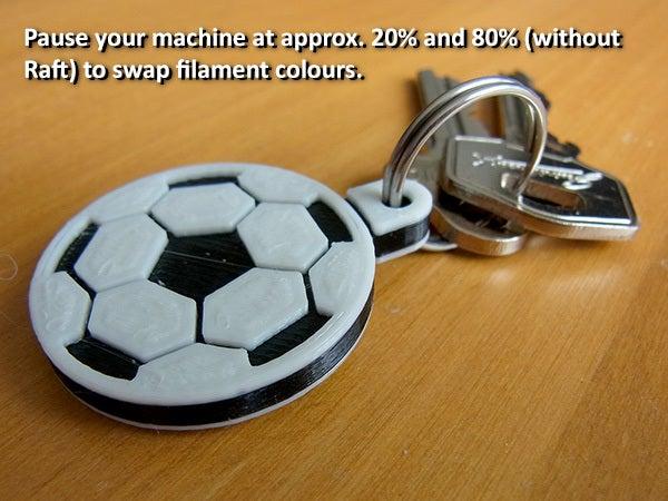 change_display_large.jpg Download free STL file Soccer Ball / Football Key Fob • 3D printable design, Muzz64